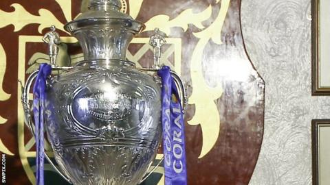 Here we go, #bbcrl fans... It's @TheChallengeCup third round!  Watch @ThattoRugby v @Mayfieldrl  with @BBCSport  🏉👉https://t.co/84WZ5aqa3f  Don't forget... you can get involved using #bbcrl! https://t.co/7WiMGH5n6i