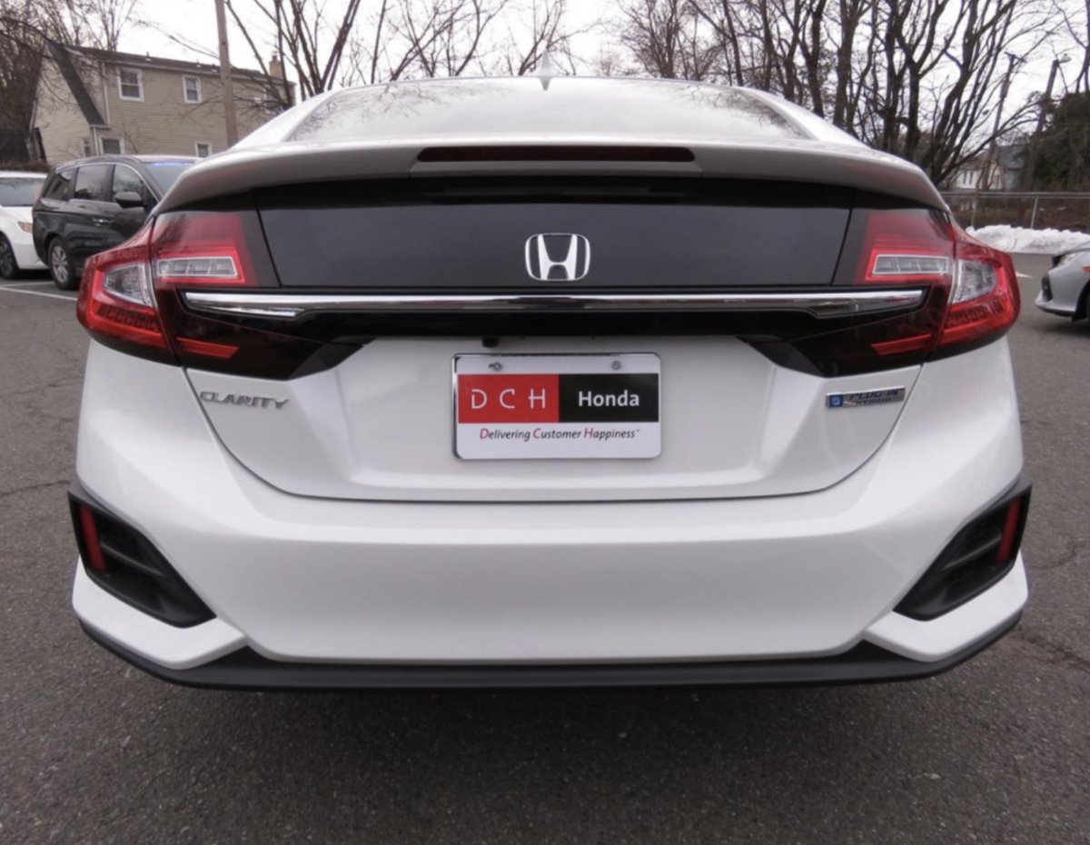 This 2019 Honda Clarity Plug In Hybrid Is Available At Paramus Our Selection Of Vehicles Weekend Https Bit Ly 2grwig1