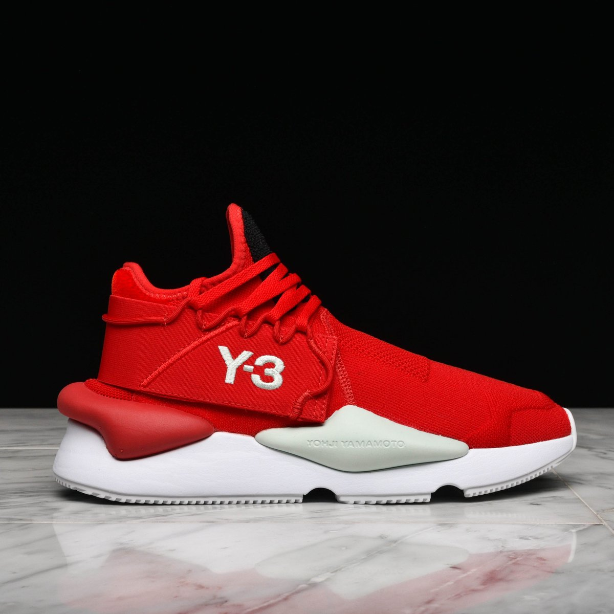 61f43b1036e70 JUST IN  Y-3 Kaiwa Knit (Red) is available now in-store and online. Shop   https   goo.gl KExXro pic.twitter.com ebioTB4BDm