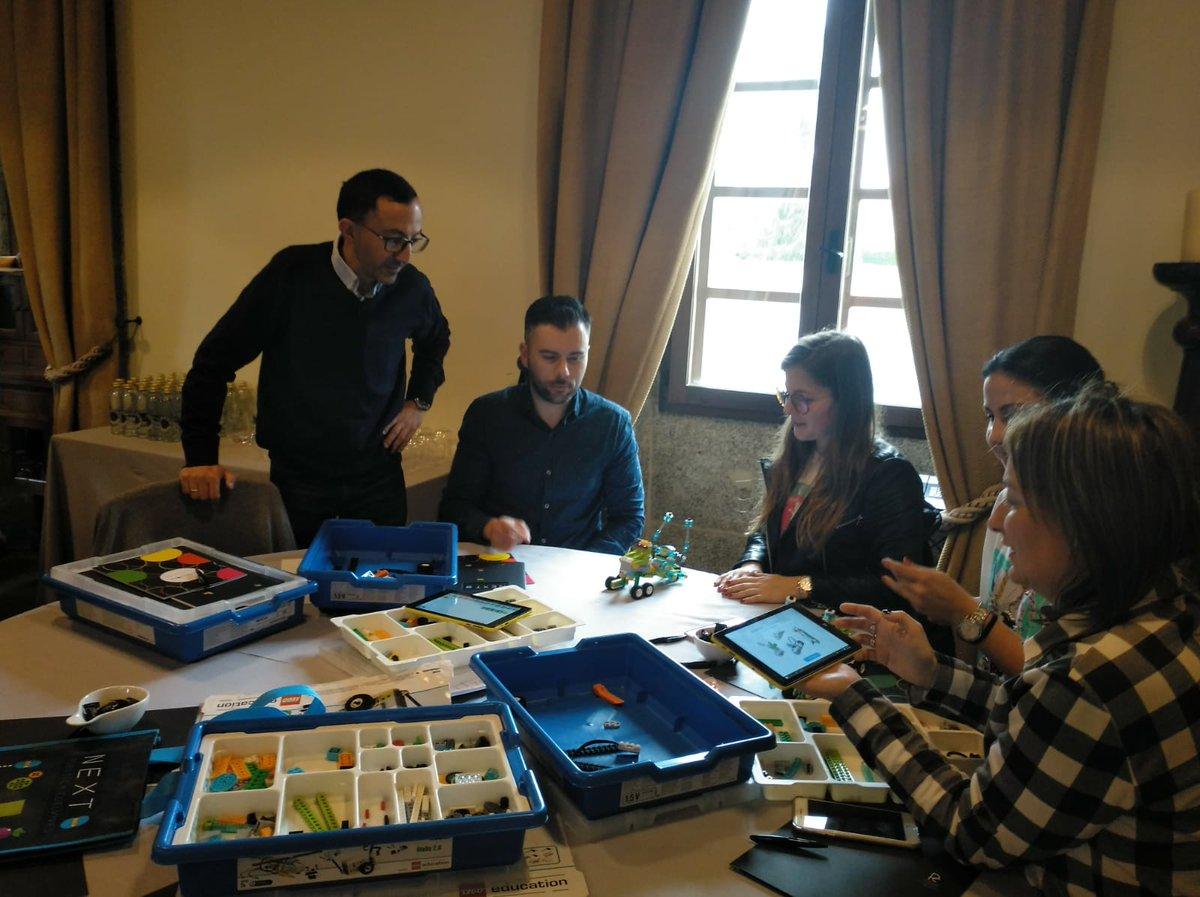 Más profes PRO que se animan a la revolución educativa con nosotros. Esta vez, en Galicia: ¡Gracias! 😊 #robóticaEdelvives #robóticaeducativa
