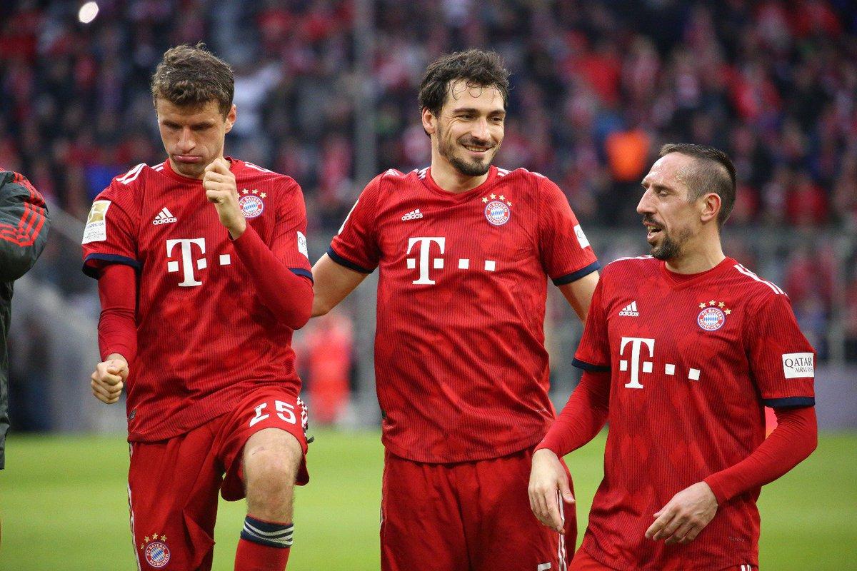 Бундеслига. Первое место и чемпионская игра Баварии, вымученная победа Дортмунда - изображение 1