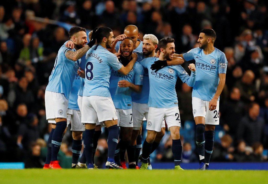 Otra muy importante victoria 🤟🏽💪🏽 Y felicitaciones @sterling7 por el triplete ⚽️⚽️⚽️//Another very important win 🤟🏽💪🏽 and congratulations, @sterling7 on the hat-trick ⚽⚽⚽. C'mon City!