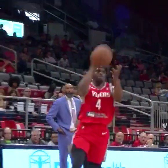 #2WayPlayer @DanuelHouseJr with the alley-oop dish for the @StateFarm #AssistOfTheNight 👀  @HoustonRockets ↔️ @RGVVipers