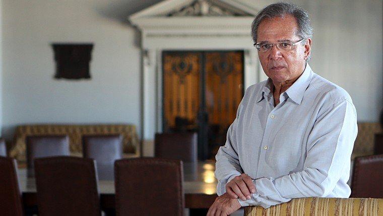 ENTREVISTA: 'Os políticos têm de controlar 100% do orçamento', diz Paulo Guedes https://bit.ly/2ToDwx8
