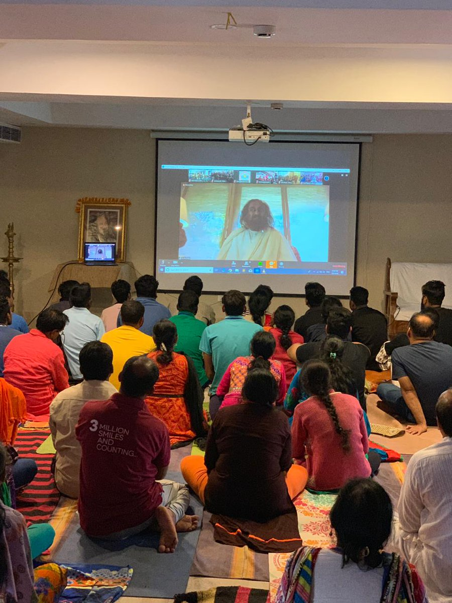Addressed 7000 graduates in 90 locations who are undergoing a course of the @ArtofLiving (DSN) which is aimed at overcoming inhibitions and bringing out dynamism & commitment in work culture.