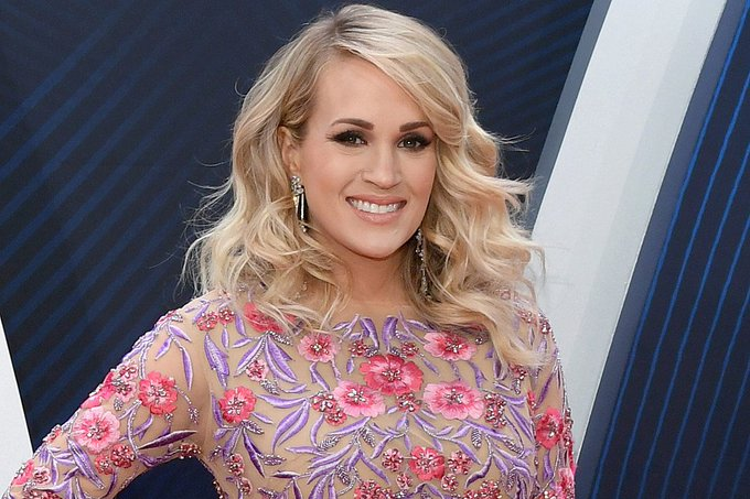 Happy 36th Birthday to Carrie Underwood who was born on March 10, 1983.