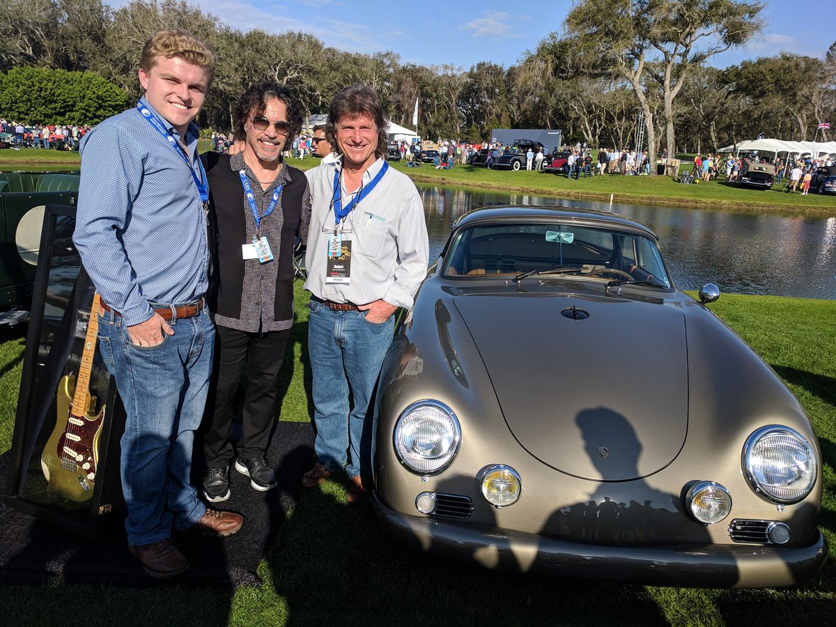 Team Nostalgic Radio And Cars Hanging Out With Rock N Roll Hall Of Fame Member Johnoates Check His Collection Guitars At The