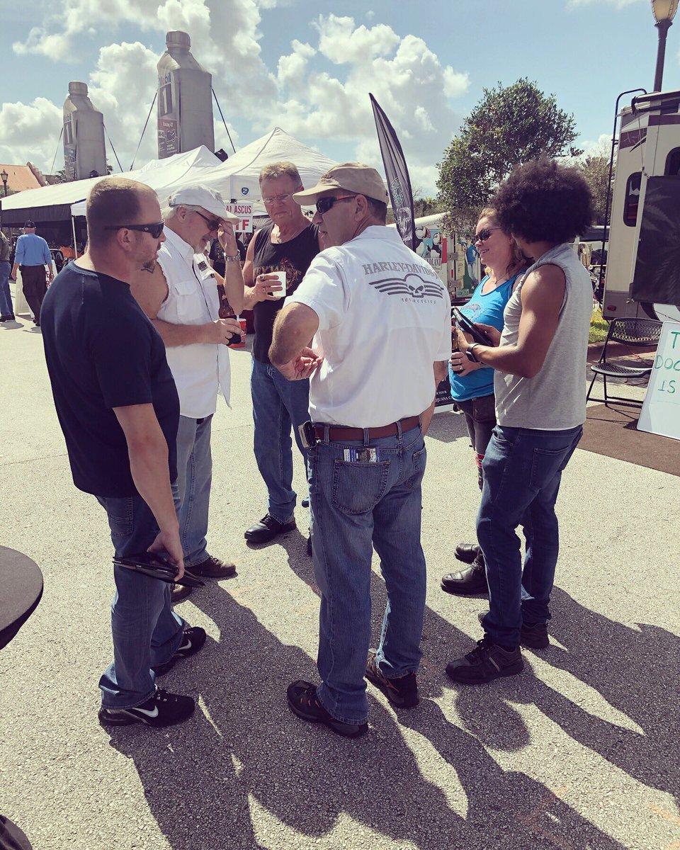 Daytona Bike Week Day 3️⃣!! 🏍🏍#DaytonaBikeWeek2019 #ATT #DTVNow #DTV #MoreForYourThingThatsOurThing #CCGMEvents @rixmag19 https://t.co/dO4EfcIIG2