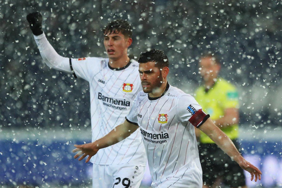 Бундеслига. Густой снегопад и драма в матче Байера с Ганновером, Нагельсманн наконец-то побеждает - изображение 2