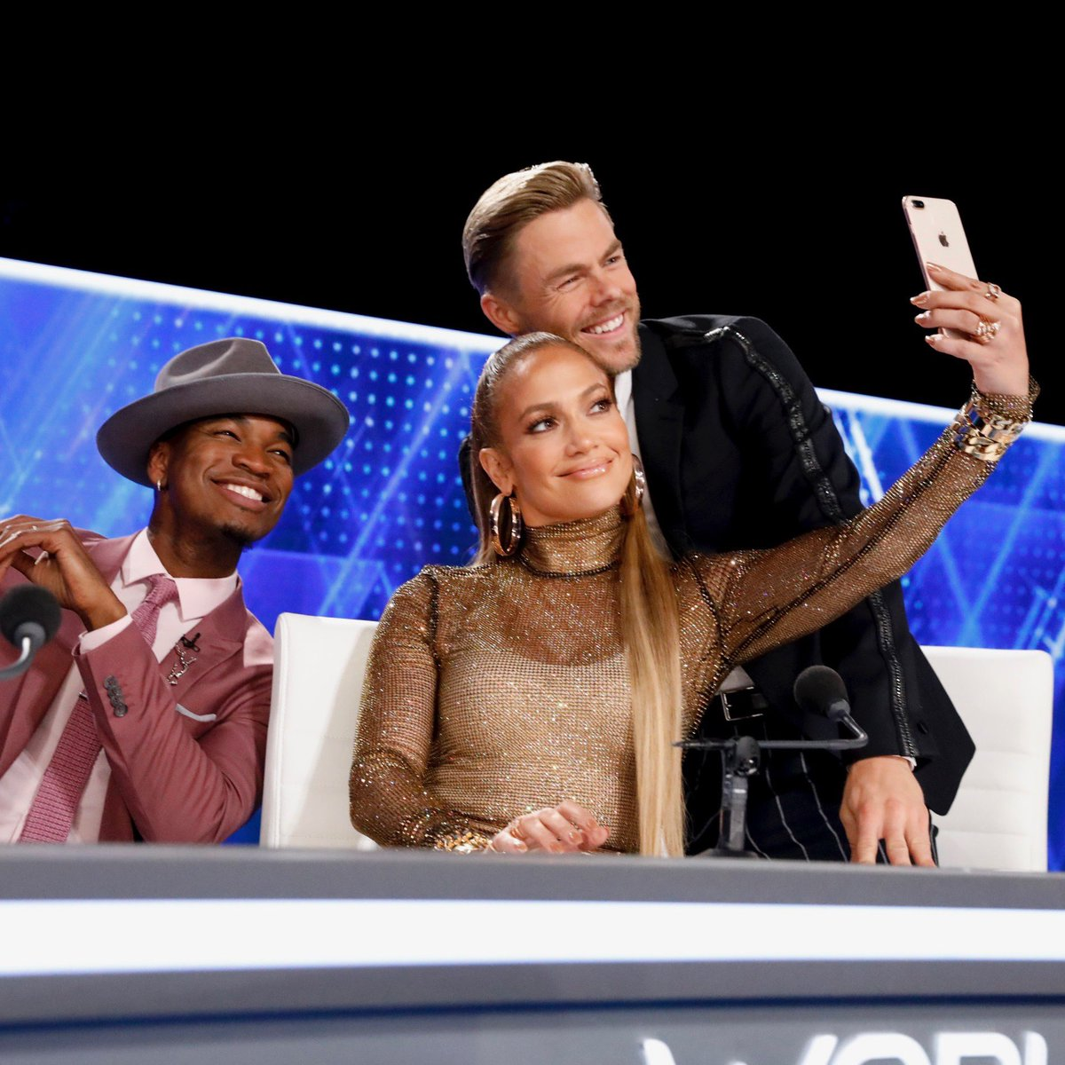 Teaching the boys how to selfie. ���� Are you joining us for @NBCWorldofDance? NOW on @nbc. https://t.co/1B4xntkxtd