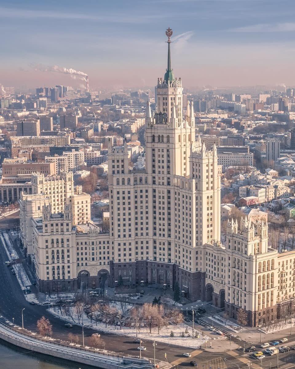 обеспечивает известные здания москвы фото и названия копался истории