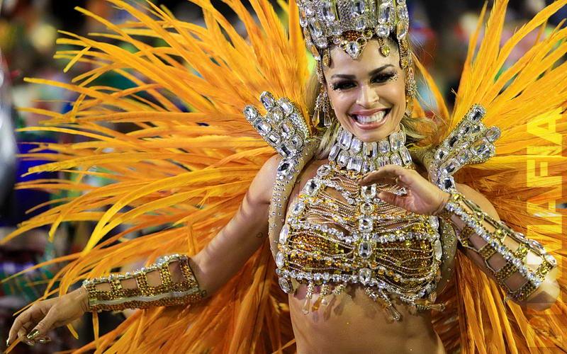 широкоформатные фото с бразильского карнавала вам