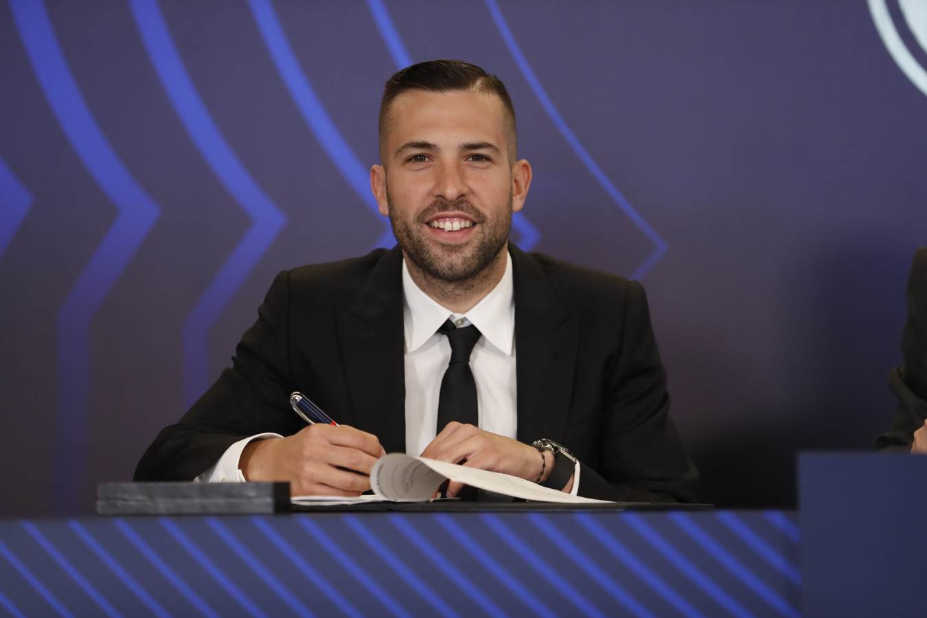 �� @JordiAlba: 'I am very grateful to the Club, it is a very emotional and very special moment' ���� #ForçaBarça https://t.co/zMgpmLrkJ4