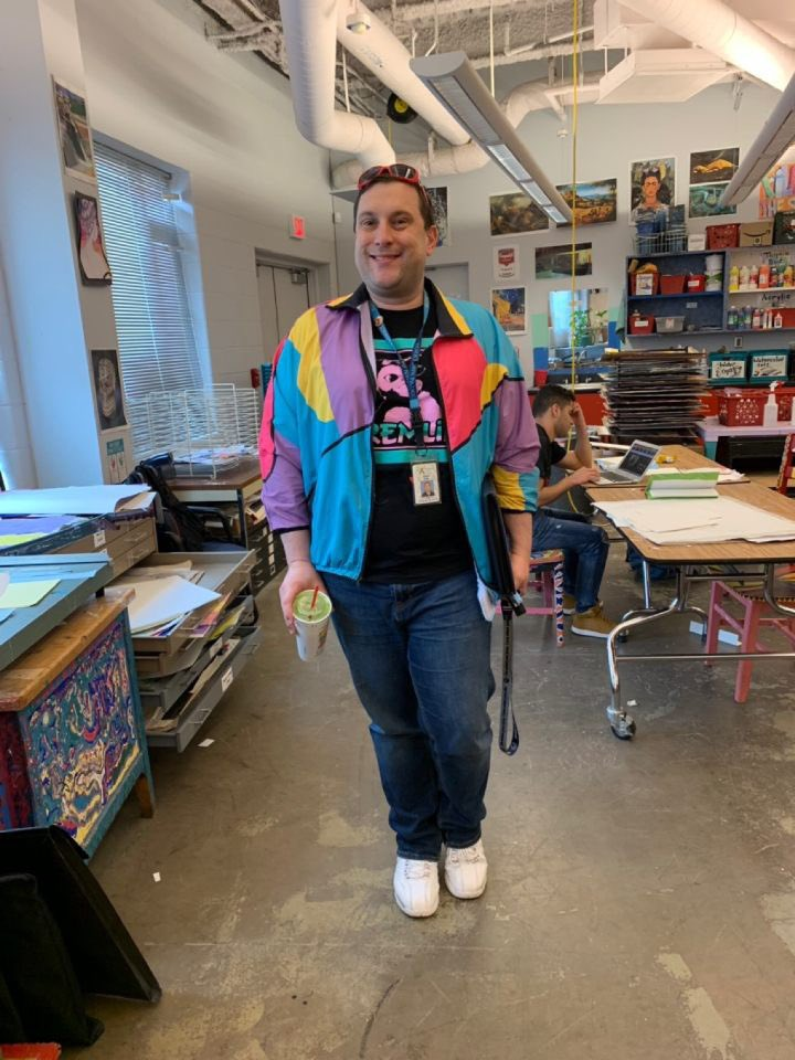 Happy Staff Spirit Week, Yorktown! Today, teachers and staff members around the school dressed up as high school-aged versions of themselves! <a target='_blank' href='http://search.twitter.com/search?q=YHSstaffspirit'><a target='_blank' href='https://twitter.com/hashtag/YHSstaffspirit?src=hash'>#YHSstaffspirit</a></a> <a target='_blank' href='http://twitter.com/YorktownHS'>@YorktownHS</a> <a target='_blank' href='http://twitter.com/Principal_YHS'>@Principal_YHS</a> <a target='_blank' href='https://t.co/92x7f17bvp'>https://t.co/92x7f17bvp</a>