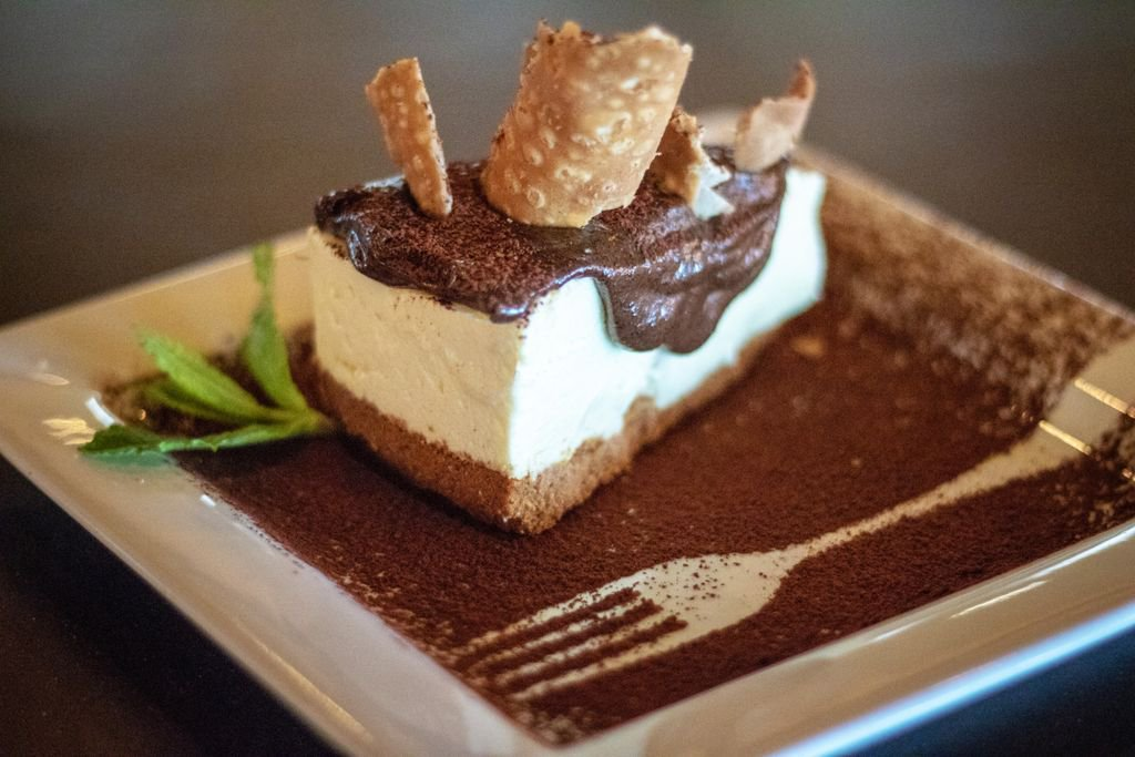 Come try our #cannolicheesecake call today for reservation 407-753-7333 #orlando #italianfood #trebambine #food #chocolate #Foodie #tastypic.twitter.com/c8J59rX4dA