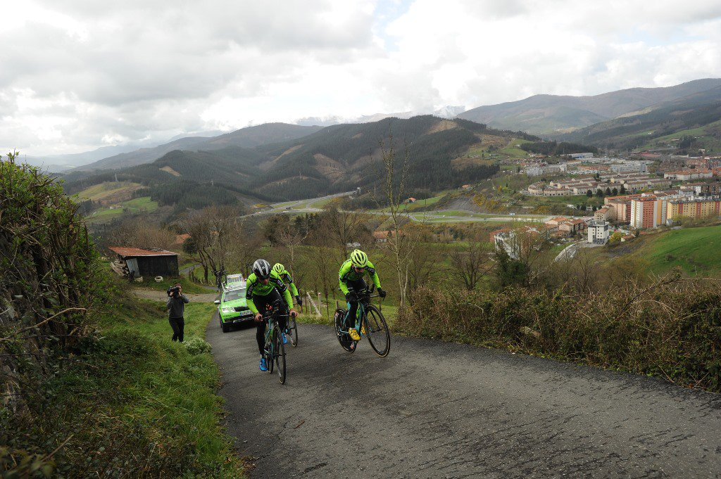 Itzulia Basque Country 2019 D1ZVq9aXQAAQkvf