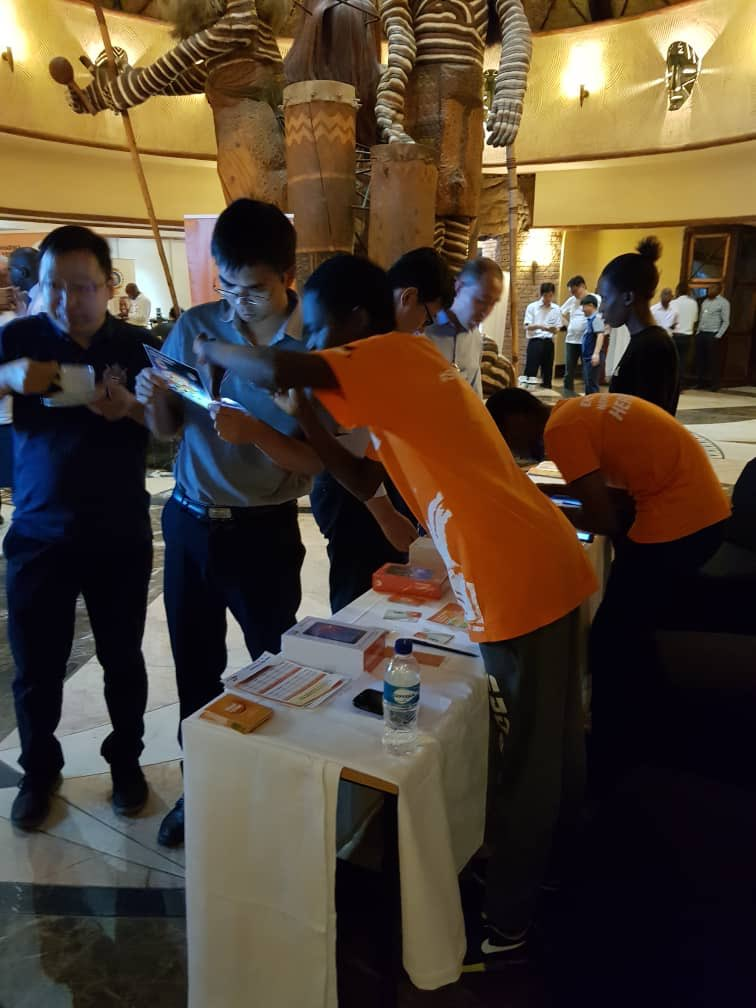 All international delegates using Netone lines for ease of communication, great network, best call quality , excellent call success rate, gotta love this @OneMoneyZw @Hanniech @SkyzMetroFM @LazarusMuchenje @DrMambondiani @NetOneCellular