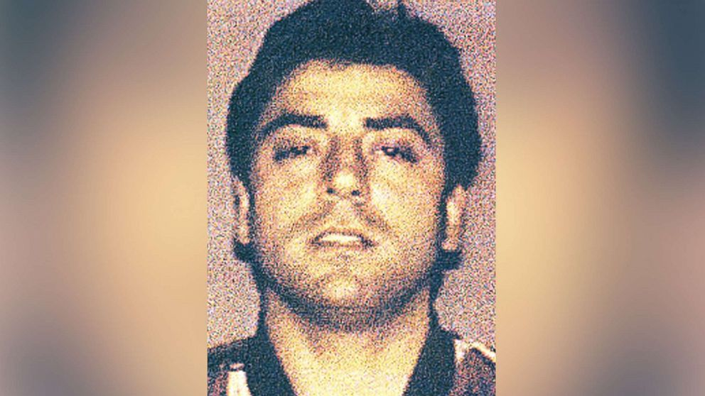 The first mob boss murder in New York in 30 years may have nothing to do with the mob, multiple law enforcement sources told @ABC News. http://abcn.ws/2TTvXhj