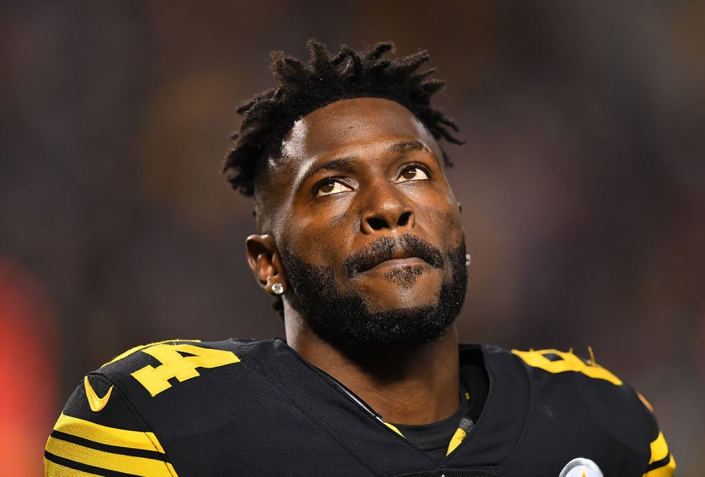 Why didn't the Steelers get more in return for Antonio Brown? NEW AFTER DARK PODCAST 🚨 🚨es.pn/2HfmefB
