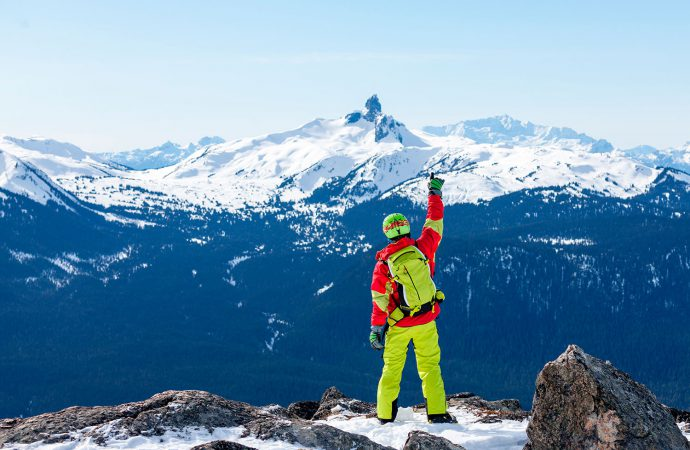 #Whistler, #Canadá, es uno de los mejores destinos para vacacionar y relajarse. De hecho, cuenta con varias bellezas naturales. Hoy te decimos cuánto cuesta visitar, y vivir en Whistler, Canadá: https://t.co/WrTfNA5Mr8 https://t.co/NCOnz4FMNq