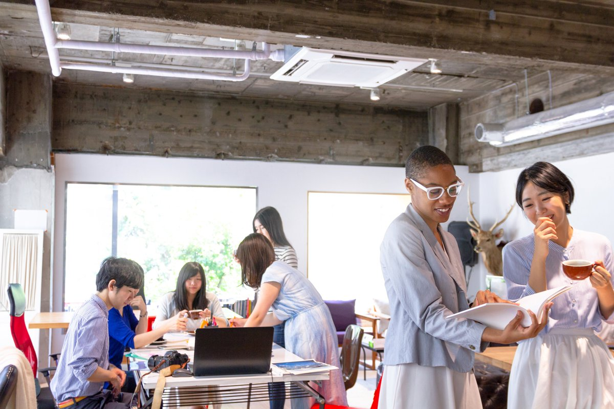 Does  coworking save you money  It depends.  CBRE unpacks the  considerations in its new  agile working series. https   lnkd.in fZkNvu4   CBREworkplace ... 81ffa1e00a2