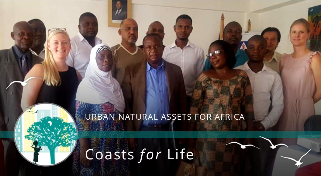 Presenting our #UNACoasts project to the new #Nacala City Council, followed by a lot of enthusiasm & excitement!   More info on the project here: https://t.co/ibNzaTNRZL