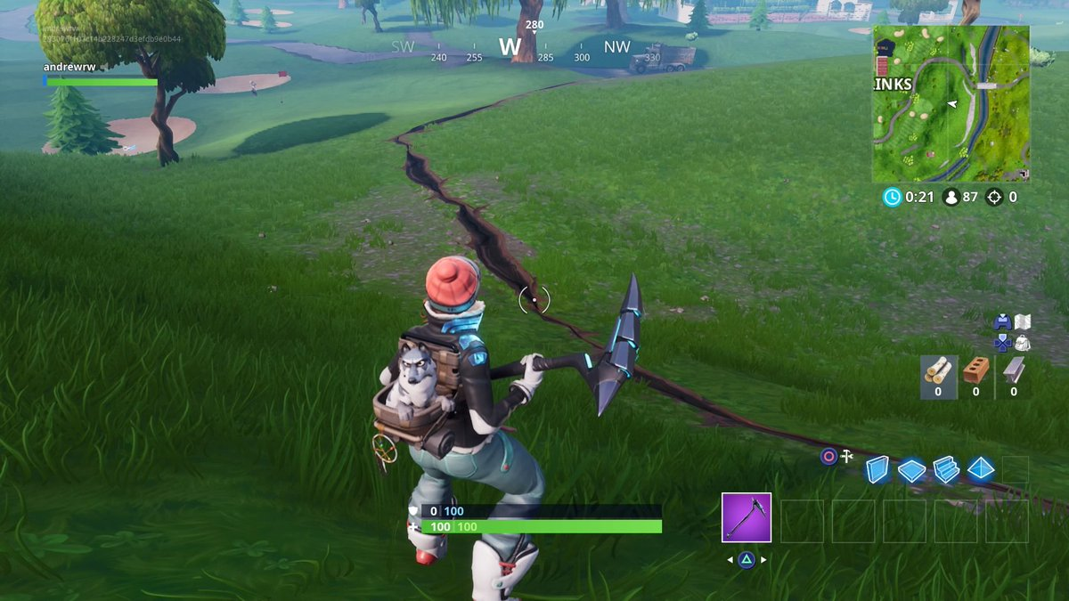 Fortnite's latest update makes Xbox One and PS4 cross-play the default for battle royale