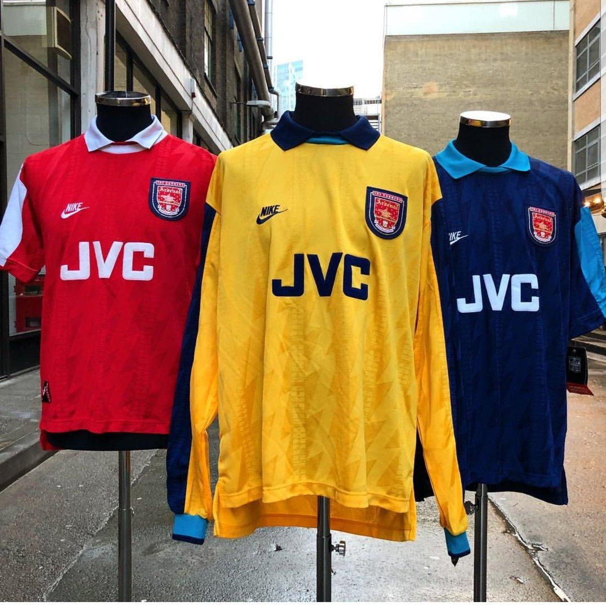 9c46292f4 Classic Football Shirts LDN on Twitter