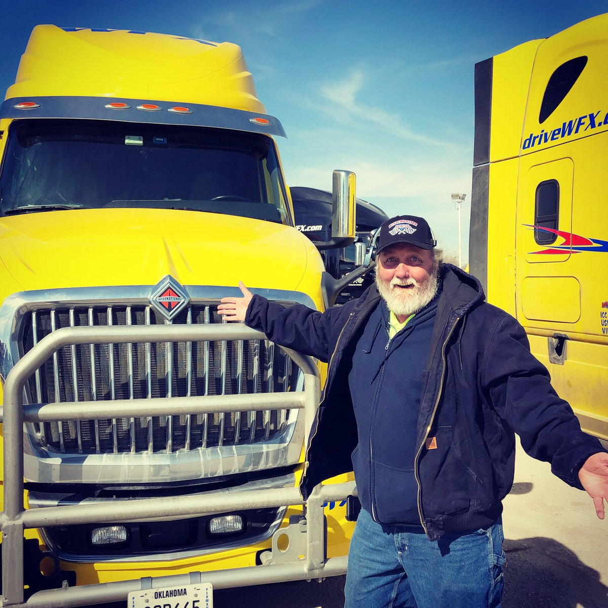 Jimmie Sr. was pretty excited about his newly leased International LT. His son Jimmie Jr. started contracting with us a few weeks ago. Welcome to the team! . . #otrtrucker #cdldriver #internationaltrucks #drivewfx #fatherandson – at Western Flyer Express Trucking Company