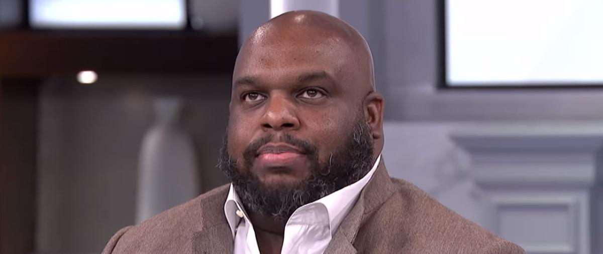 """Pastor John Gray Confesses: """"Affair"""" On Wife, Why He Purchased $200K Car For Her"""
