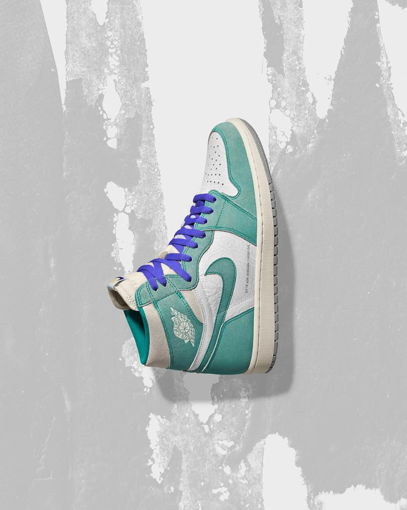 c9b4b6244da709 The Turbo Green Air  Jordan 1 is beginning to arrive in stores now
