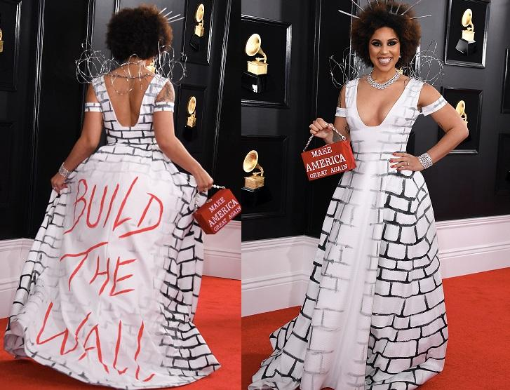 Exciting News! Pro-Trump performer, Joy Villa, will be performing the National Anthem at our Detroit Town Hall this Thursday, March 14, 7pm EST. #WeBuildTheWall READ ABOUT IT HERE:  https://www. businesswire.com/news/home/2019 0312005801/en/Recording-Artist-Joy-Villa-join-MAGA-All-Stars &nbsp; … <br>http://pic.twitter.com/pDUkRlwaQ6