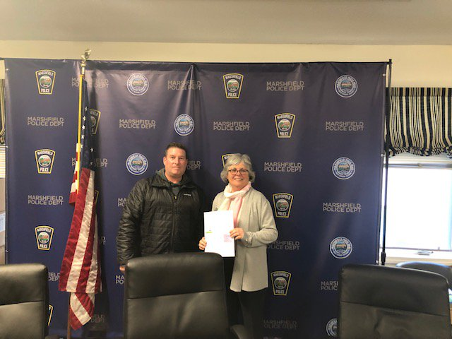 Marshfield Police thank Joan Wright and Norwell VNA for today's First  Responder class on Alzheimer's and Related Dementia's. Please Contact  Detective Davis about Safety Net program for at risk family members in  danger of wandering. #DementiaFriendlyMarshfield