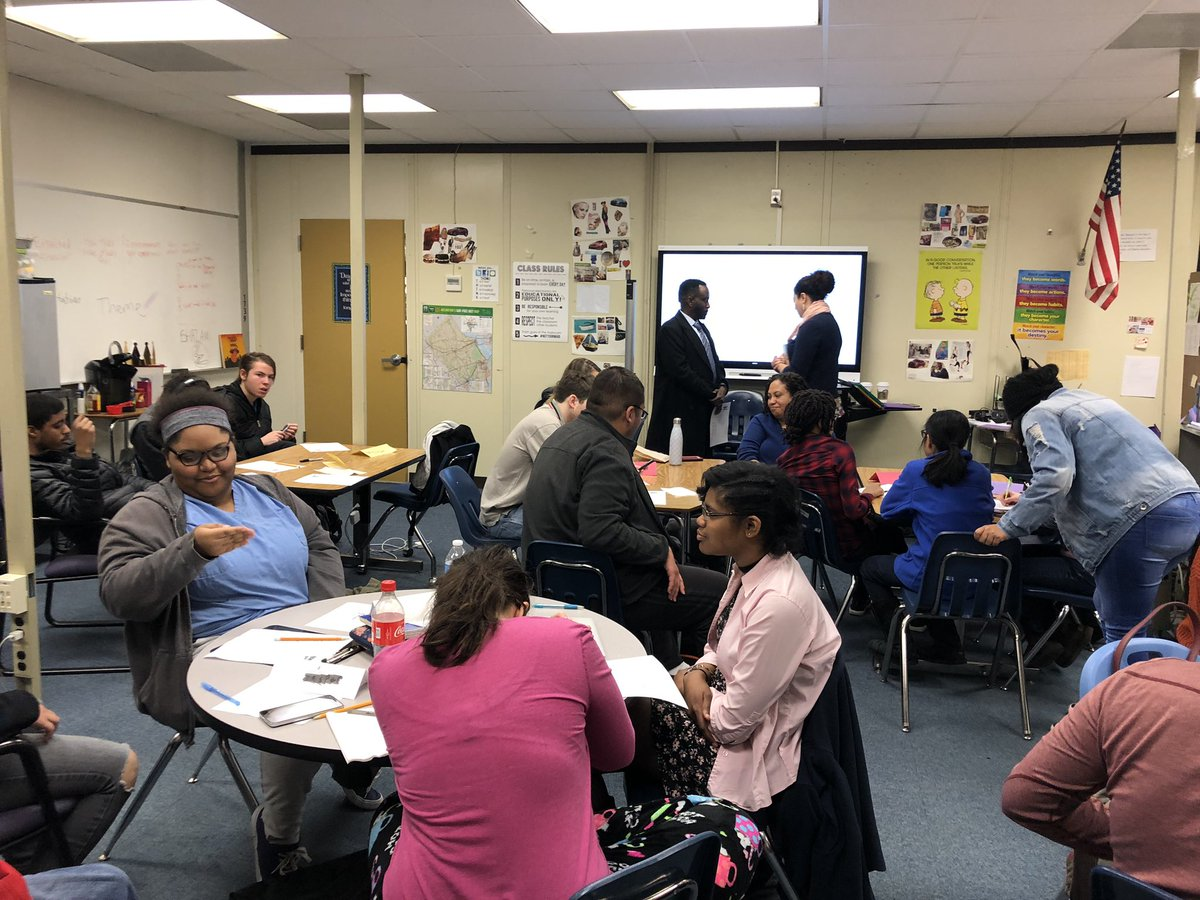 Thank you TD Bank for spending about 2 hours teaching some of our PEP students about financial literacy skills! <a target='_blank' href='http://twitter.com/ArlingtonSEPTA'>@ArlingtonSEPTA</a> <a target='_blank' href='http://twitter.com/APSCareerCenter'>@APSCareerCenter</a> <a target='_blank' href='http://twitter.com/ACC_Partners'>@ACC_Partners</a> <a target='_blank' href='https://t.co/8rnXLB4tAH'>https://t.co/8rnXLB4tAH</a>