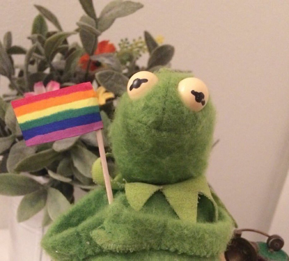 goodnight i love mato, mel, melisa, angela, madi, lily, aiyden, and the gimlets and tyler and halsey OKAY GN  <br>http://pic.twitter.com/sYKOfASrGh