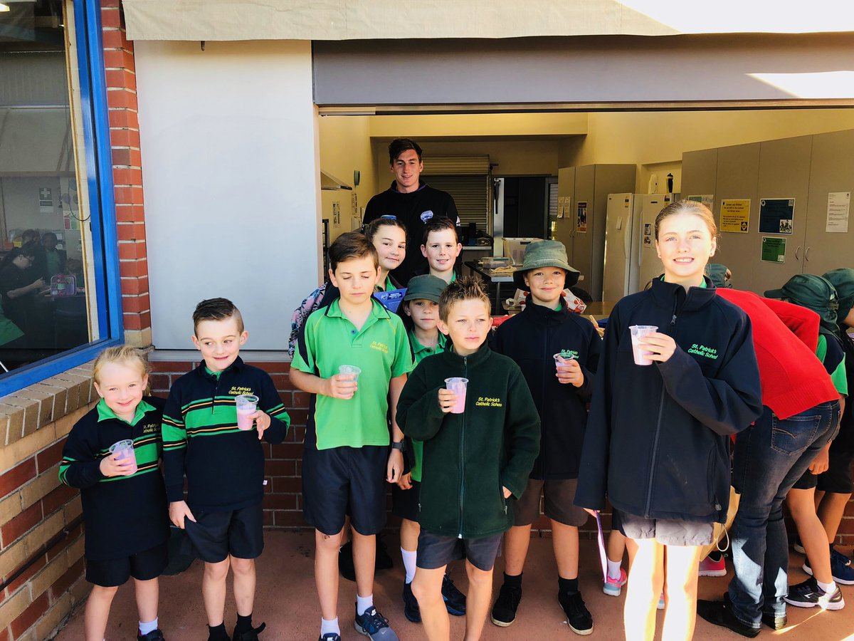 We really enjoyed delivering our  Hurricanes Breakfast Club at St Patrick's Catholic School in Latrobe. We served up our Hurricanes Smoothie and lots of fruit. Hurricanes Breakfast Clubs are supported by the Hurricanes Foundation and sponsored by @TassalSalmon #TasmaniasTeam