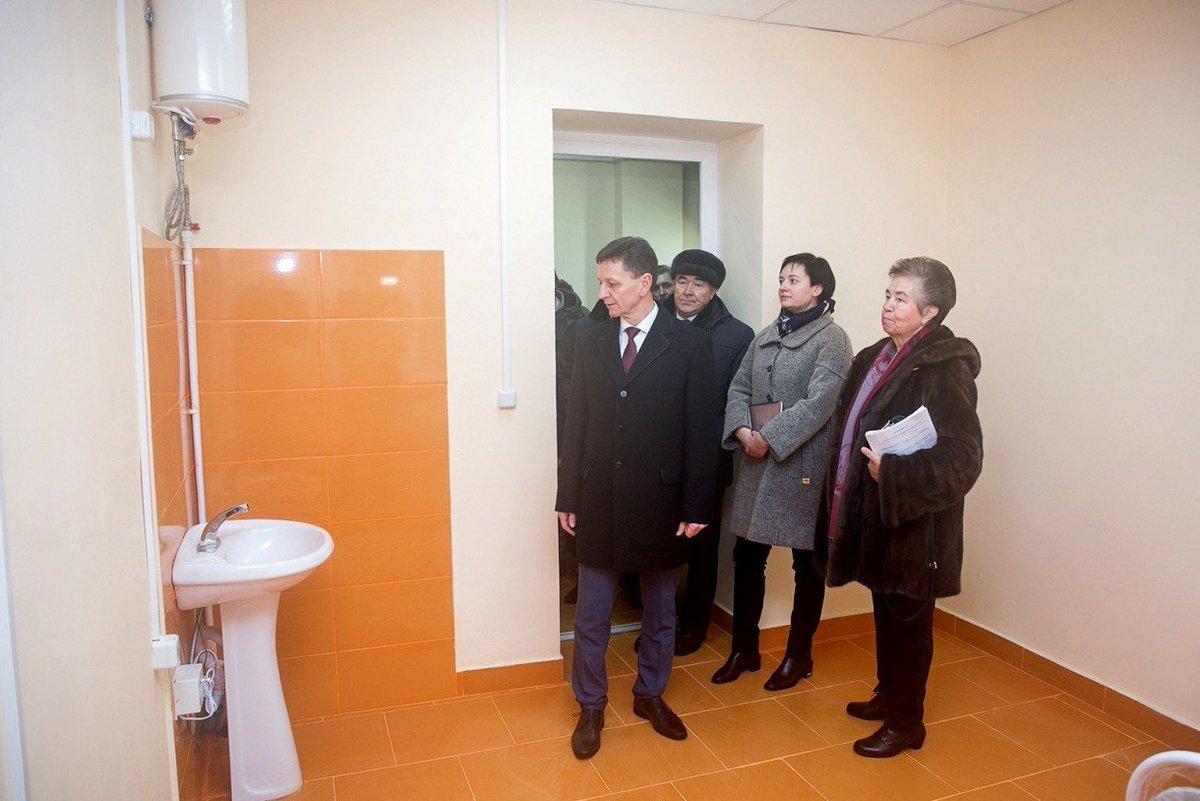 Сипягин отчитался о ремонте больницы в Струнино https://t.co/G3f1RItfeS https://t.co/3itXddNoak