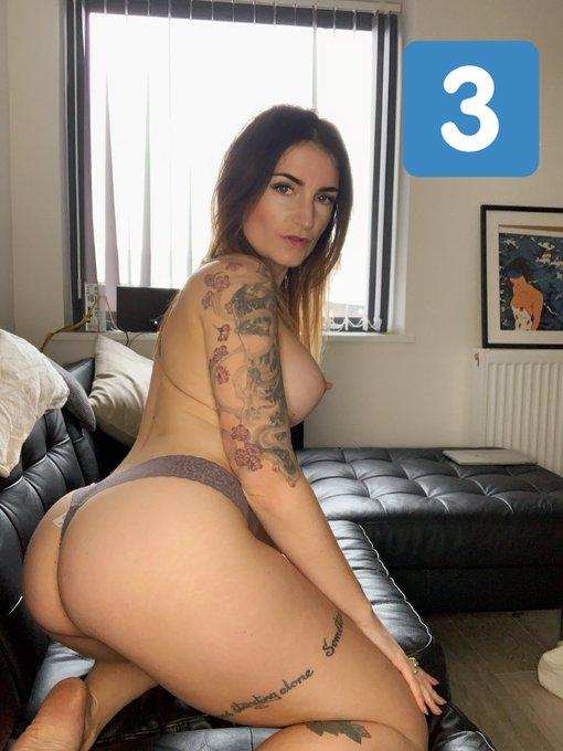 busty aunty nude