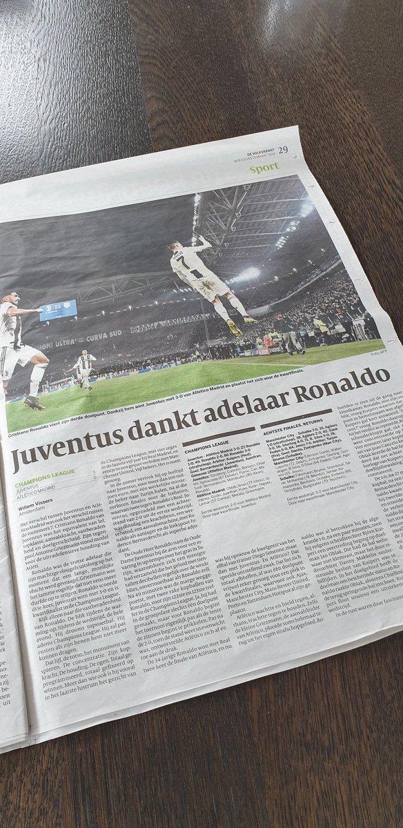 Na recensie van voetbalkenner  @thomasacda besloten om eens een kwaliteits krant te kopen! Inderdaad schitterend geschreven artikel van @vkwillemvissers over de uitzonderlijke kwaliteiten en drive van de beste speler in de wereld @Cristiano. 👏👏👏 @juventusfc