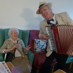 Mixing Folk with Jazz, what a delightful afternoon... when Bing Lyle woo'd all our residents with his extreme accordian skills, everyone joined in, this made us all forget the dreary weather outside. Loving what we do!! ❤️💖