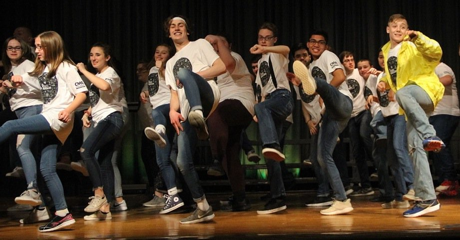 Newark students participate in 'Young Americans' performance