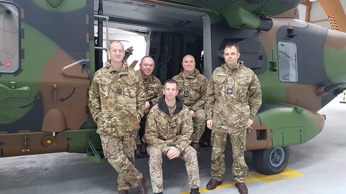 Our visit concluded today with 1e RHC, @armeedeterre visiting the Tiger and NH90 squadrons who will operate alongside us this summer on Op NEWCOMBE. It's been a very useful visit for all involved, and we've learnt a lot ahead of our deployment.