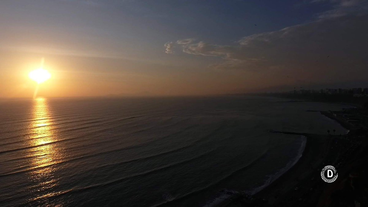 PANORAMIC SUNSET IN #LIMA ||   @earthescope @DaveZ_uk @iroser_RSE @besttravelbook @ConservationOrg @PhotographyTalk  @Ryanintheus @Chuck_Thompson_ @Guillesuarezc #VisitPeru  #LimaHotels  #LimaCityCenter #LarcoMuseum  #HuacaPucllana #Larcomar #Chorrillos facebook e instagrampic.twitter.com/uhx6ukYcNi