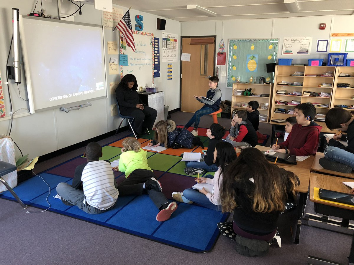 Using poetry To explain the Earth's oceans Can be really fun!  Thanks for the awesome idea <a target='_blank' href='http://twitter.com/DiscoveryEd'>@DiscoveryEd</a> ! <a target='_blank' href='http://search.twitter.com/search?q=crosscurricular'><a target='_blank' href='https://twitter.com/hashtag/crosscurricular?src=hash'>#crosscurricular</a></a> <a target='_blank' href='http://search.twitter.com/search?q=APSisAWESOME'><a target='_blank' href='https://twitter.com/hashtag/APSisAWESOME?src=hash'>#APSisAWESOME</a></a> <a target='_blank' href='http://twitter.com/msmaurer210'>@msmaurer210</a> <a target='_blank' href='https://t.co/pLdmuqCcz2'>https://t.co/pLdmuqCcz2</a>