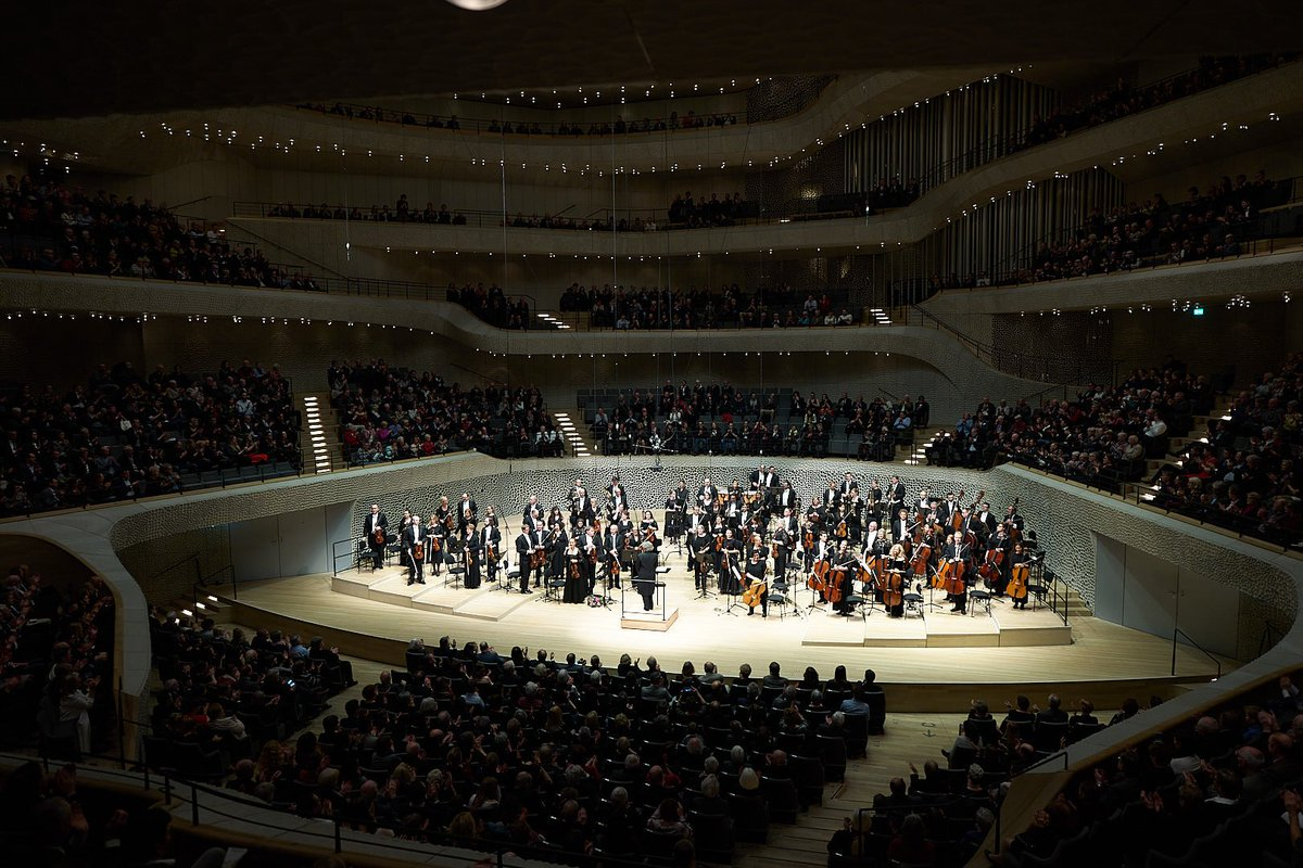 A look back at the magnificent SAP Symphony Orchestra performing in the heart of the @elbphilharmonie, the Grand Hall. #TheBestRun