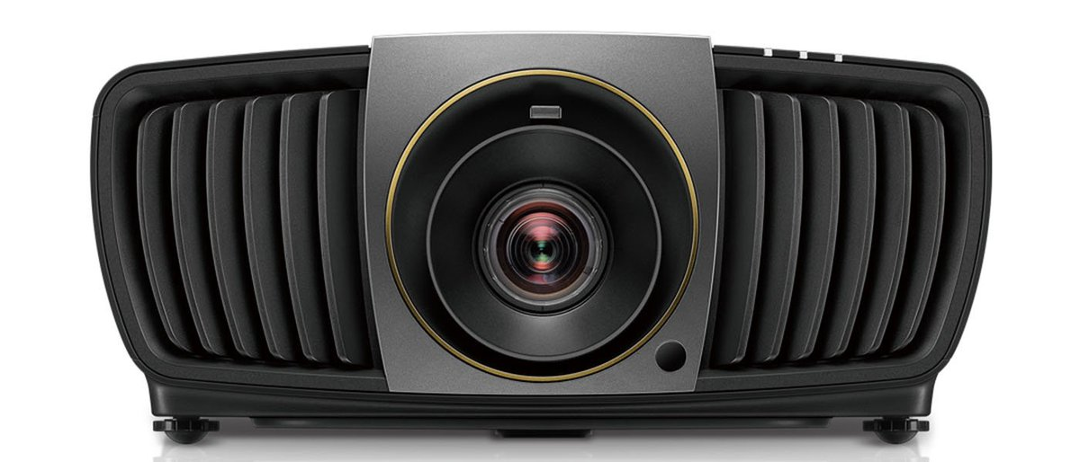 """""""The BenQ CinePro HT9060 DLP LED PROJECTOR is in many ways the best projector I've ever reviewed."""" ~ Chris Eberle with Secrets of Home Theater and High Fidelity. We love when our products exceed expectations! #BenQ #4K #DLPProjector https://hubs.ly/H0g_hjy0"""