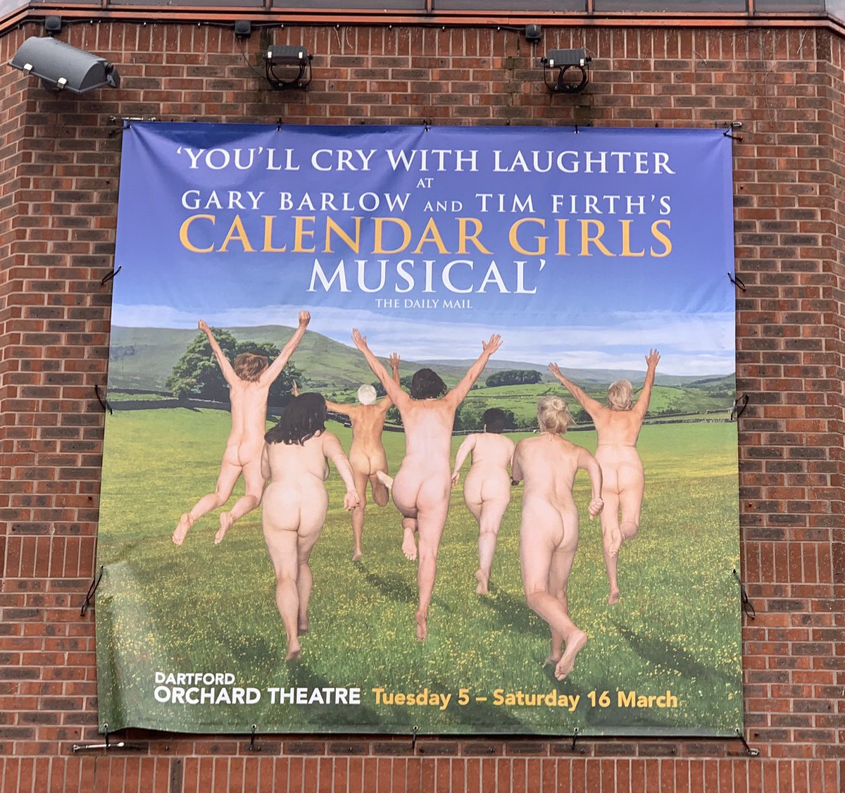 Just seen the fantastic new touring version of @thegirlsmusical, beautifully directed by Matt Ryan to bring out the sincere heart of this great British folk musical. I loved it in town — saw it four or five times — but now it's played for truth, feeling & joy.