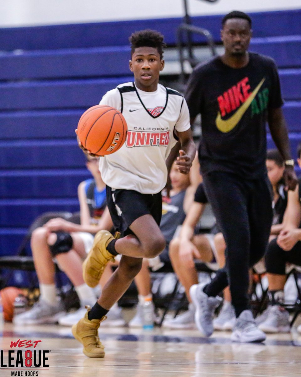 One kid that really grew on me throughout #WestLea8ue play was Cali United 2023 PG Armari Carraway (Fresno, CA). A skilled & tough guard, he was a major reason his squad gave bigger teams fits throughout the Winter Circuit. 📈