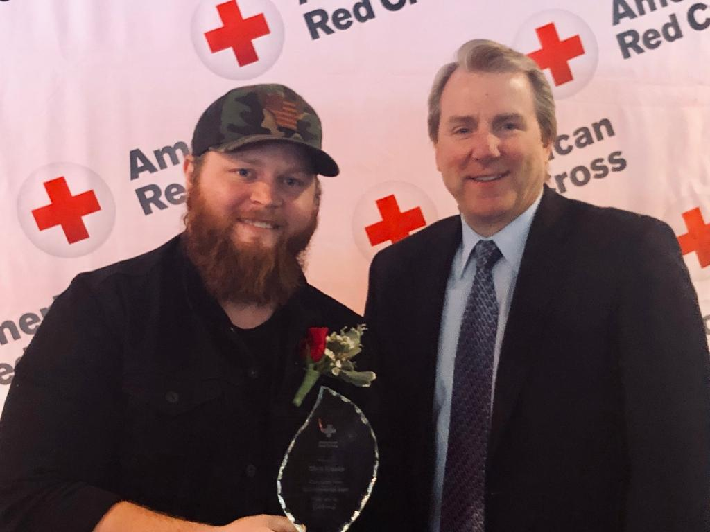 He wasn&#39;t a runner-up today! Congrats to @iamchriskroeze for earning the 2019 American Red Cross #CommunityHeroAward. Your outreach to military veterans and help to raise awareness in the search for #JaymeCloss is as inspiring as your music. #proudsponsor<br>http://pic.twitter.com/vQhqm3T4TK