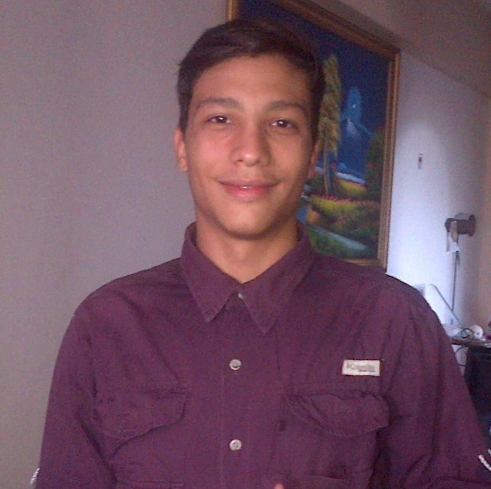 Yovanny Eslayer Muñoz cédula 22778607 asunto: KP01-P-2017-032282 ha sido nuevamente golpeado en la cárcel de #uribana Director ordena que se muera allí como Virgilio Jiménez #14Marzo #Barquisimeto   Abrimos hilo: